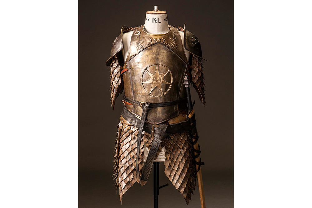 Props Costumes Blood Of My Blood on game of thrones crown