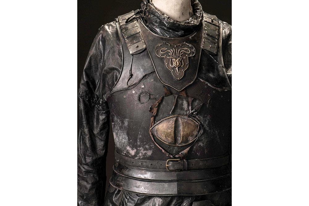 mgot_euron_costumes_03_1200x800.jpg