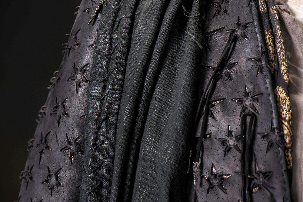 mgot_euron_costumes_02_1200x800.jpg