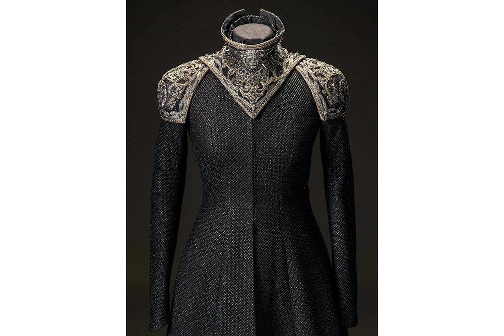 mgot_cersei_costumes_slideshow_03_1200x800.jpg