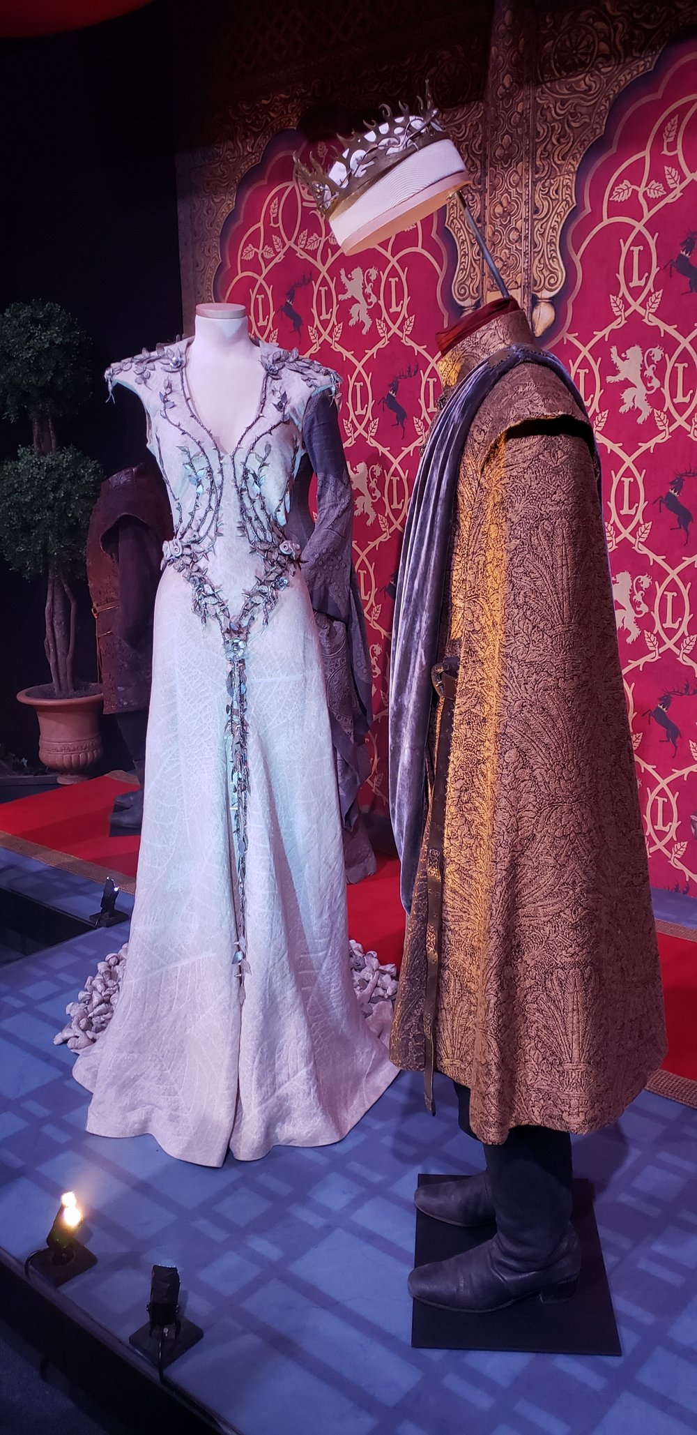 Margaery Tyrell and Joffrey Baratheon's Wedding Outfits