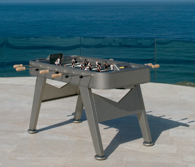 A fabulous outdoor foosball table and it comes in red and white and silver.  YUMMY!  www.janusetcie.com