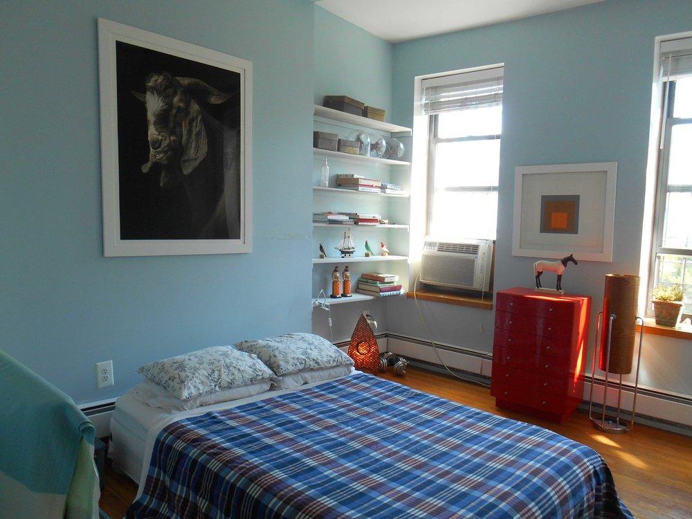 l LR 216 bedroom 3.jpg
