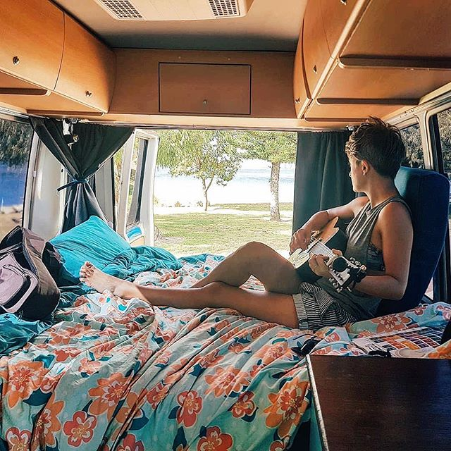 (1 of 3) Meet Kate + Jot (@theroadhousecoasters), originally from the UK and now living in Oz . They've been living and traveling in their Toyota Coaster across the vast Australian continent for the past 18 months . Follow them @theroadhousecoasters . #hsvfeaturefridays #homesweetvan #livesmall #dreambiglivetiny #vancouples #vanlifeoz #vanlifeaustralia