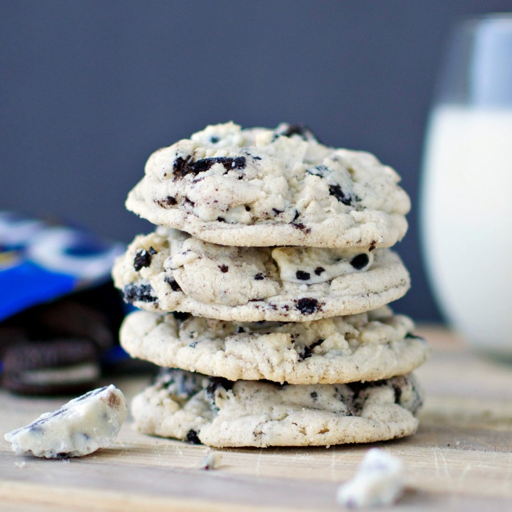 Chocolate Chip Cookies & Cream Cookies -
