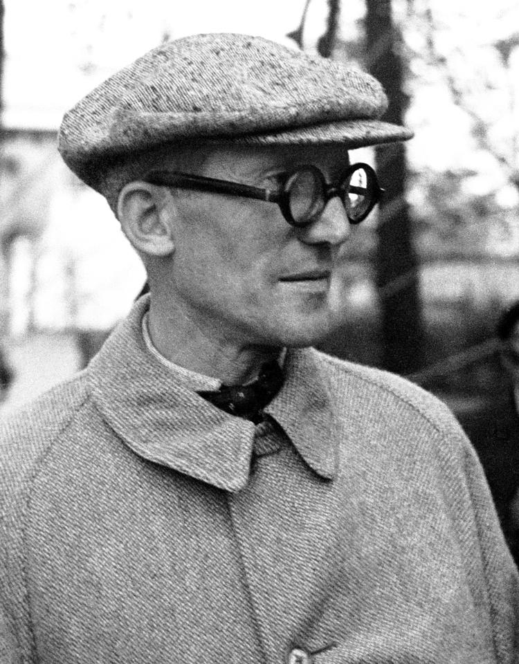 Le Corbusier, 1937