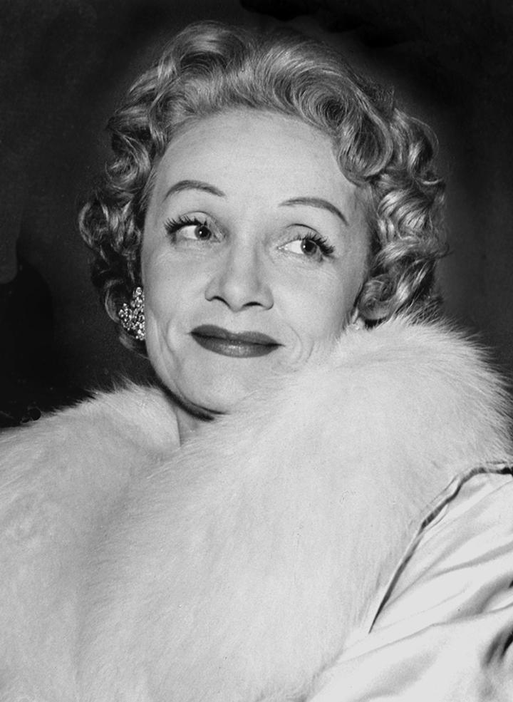 Marlene Dietrich, 1957