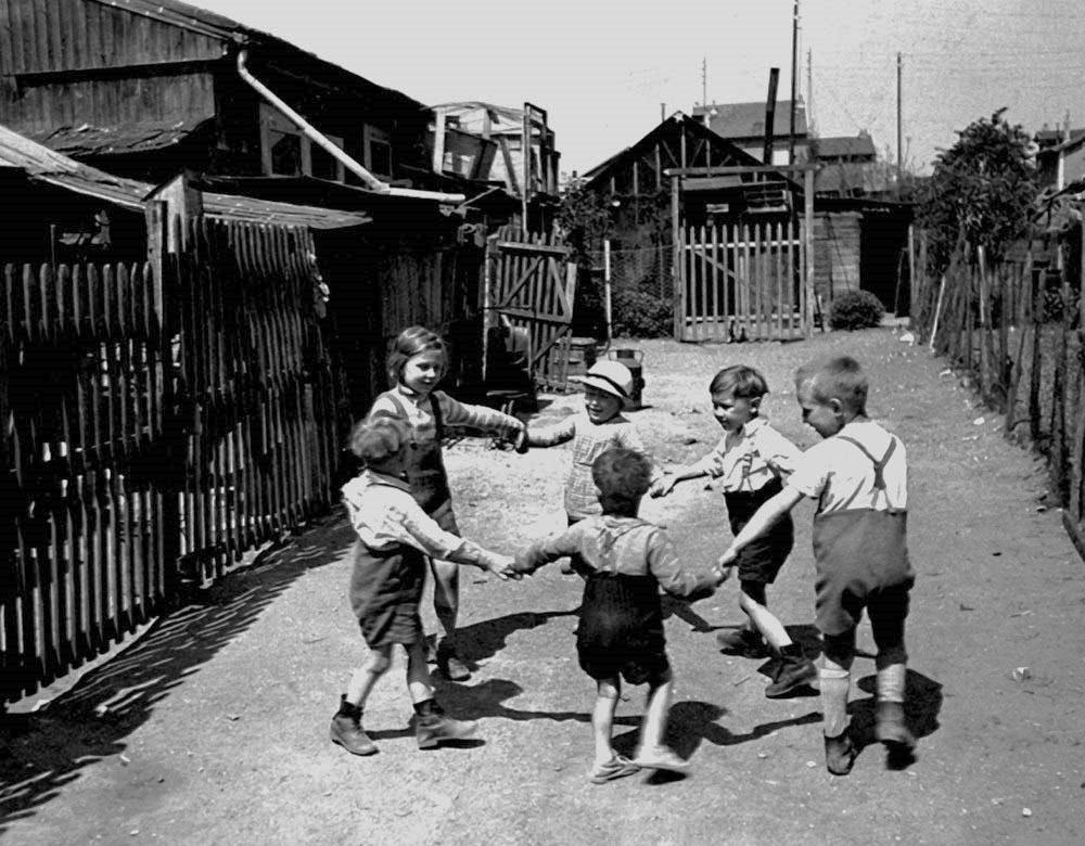 Circle Game, 1936