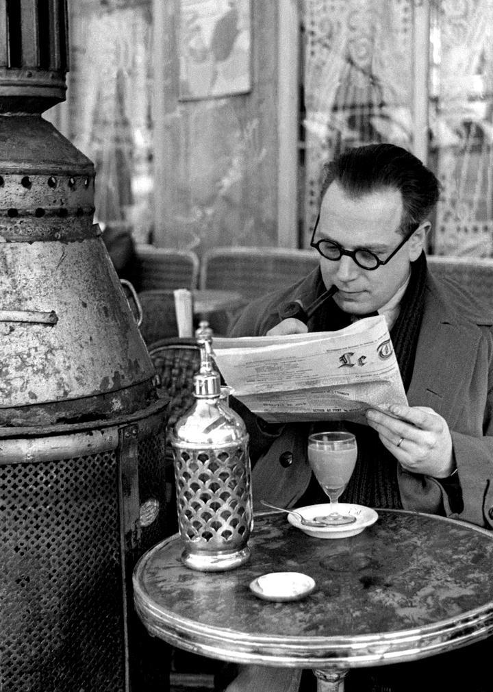 Cafe, 1935