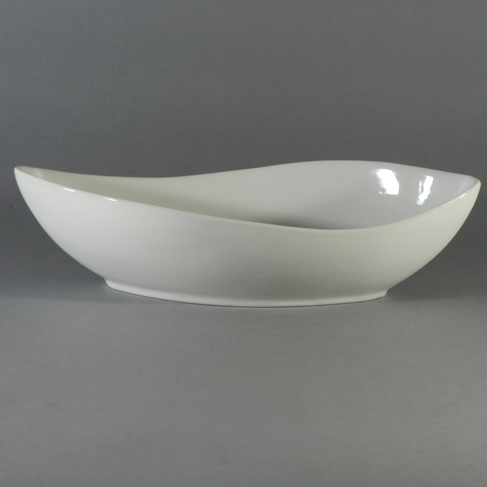 "Porcelain Canoe Bowl - V 24 oz. (12""x5.75"")"
