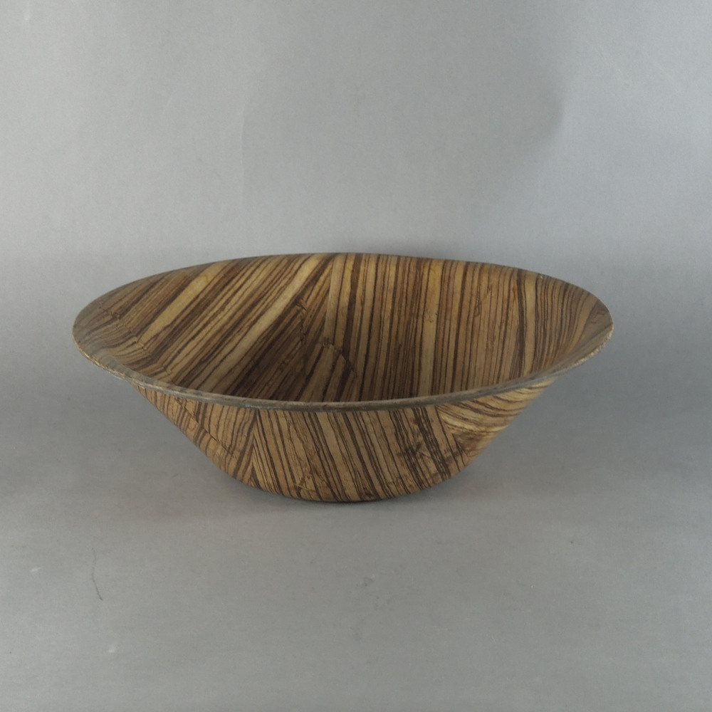 "Zebra Bowl - M (14""x4"")"