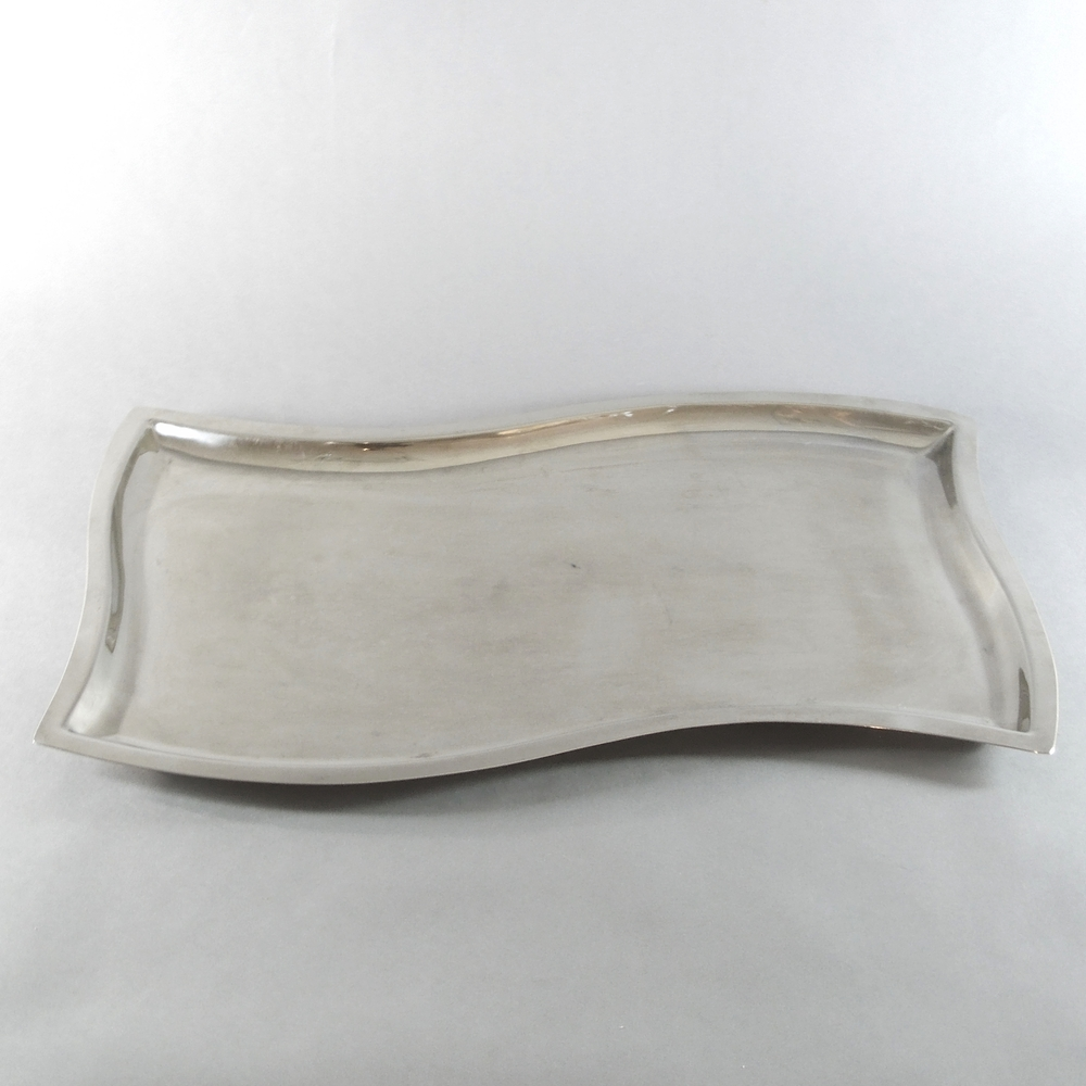 Wavy Rectangular Tray (21''x13'')