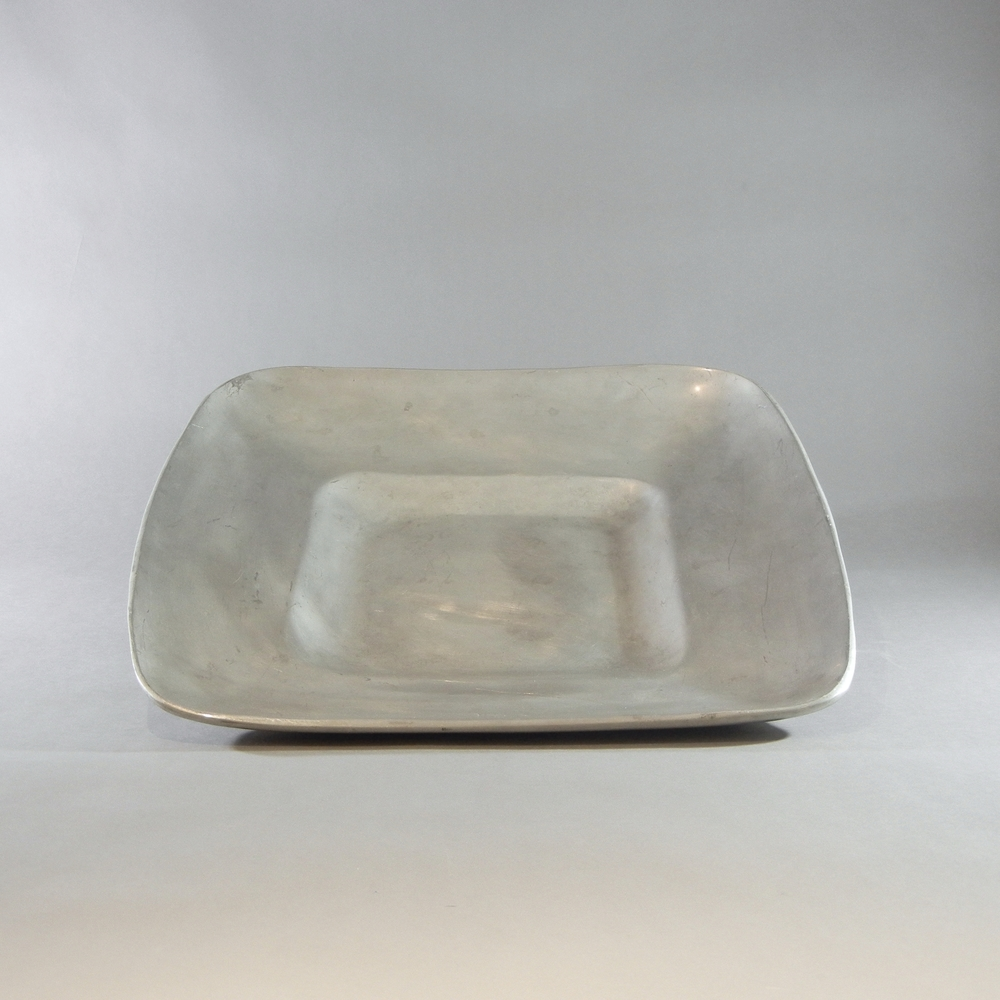 "Cast Aluminum Square Tray (17"")"