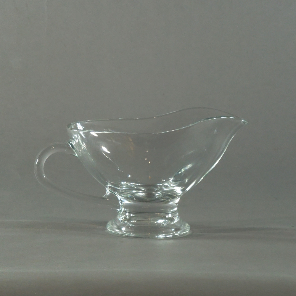 glass gravy boat.JPG