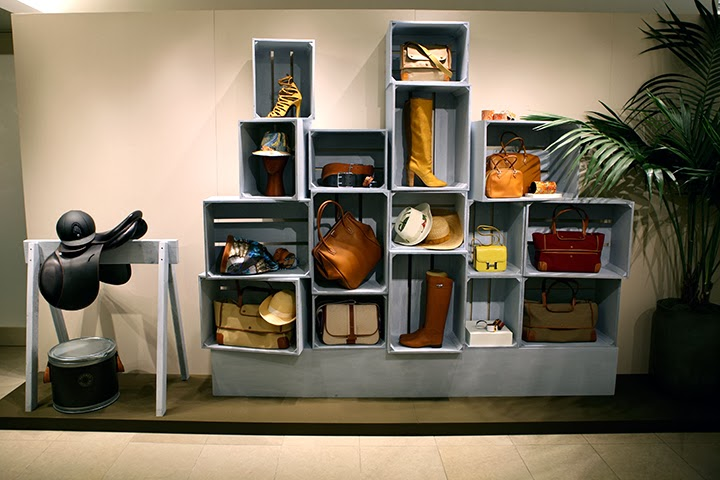 Hermes Of Paris   Showroom Furniture, Canvas Walls U0026 Shelving