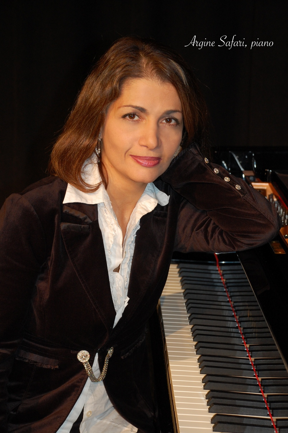 Argine Safari, piano.jpg