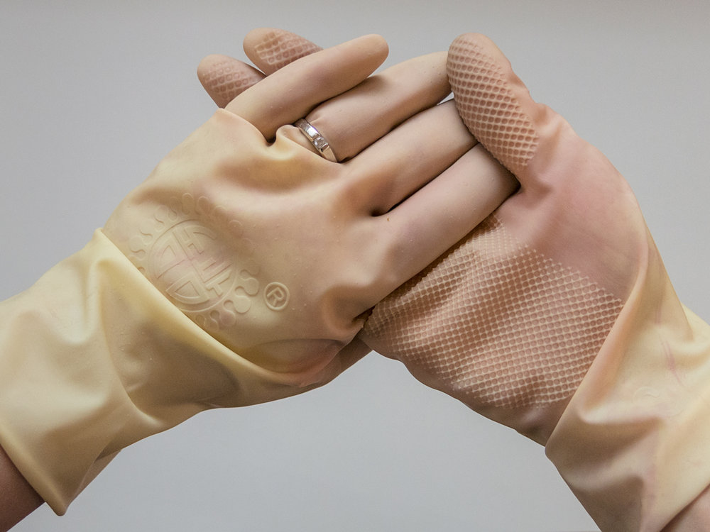 domestexts gloves ring