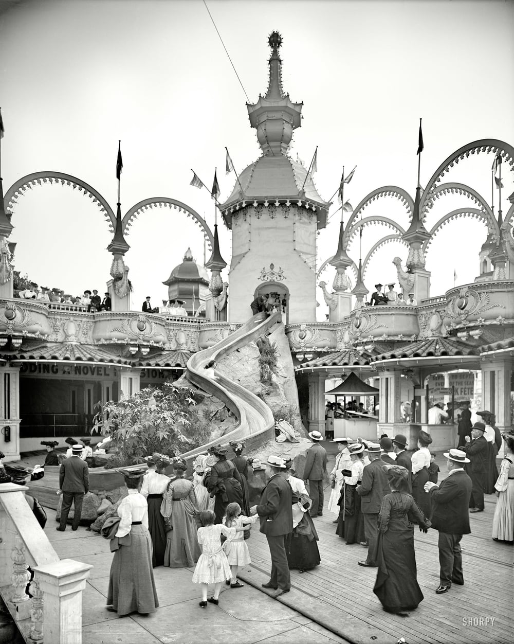 The Helter Skelter ride at Luna Park, Coney Island. 1905.  (h/t, Shorpy)