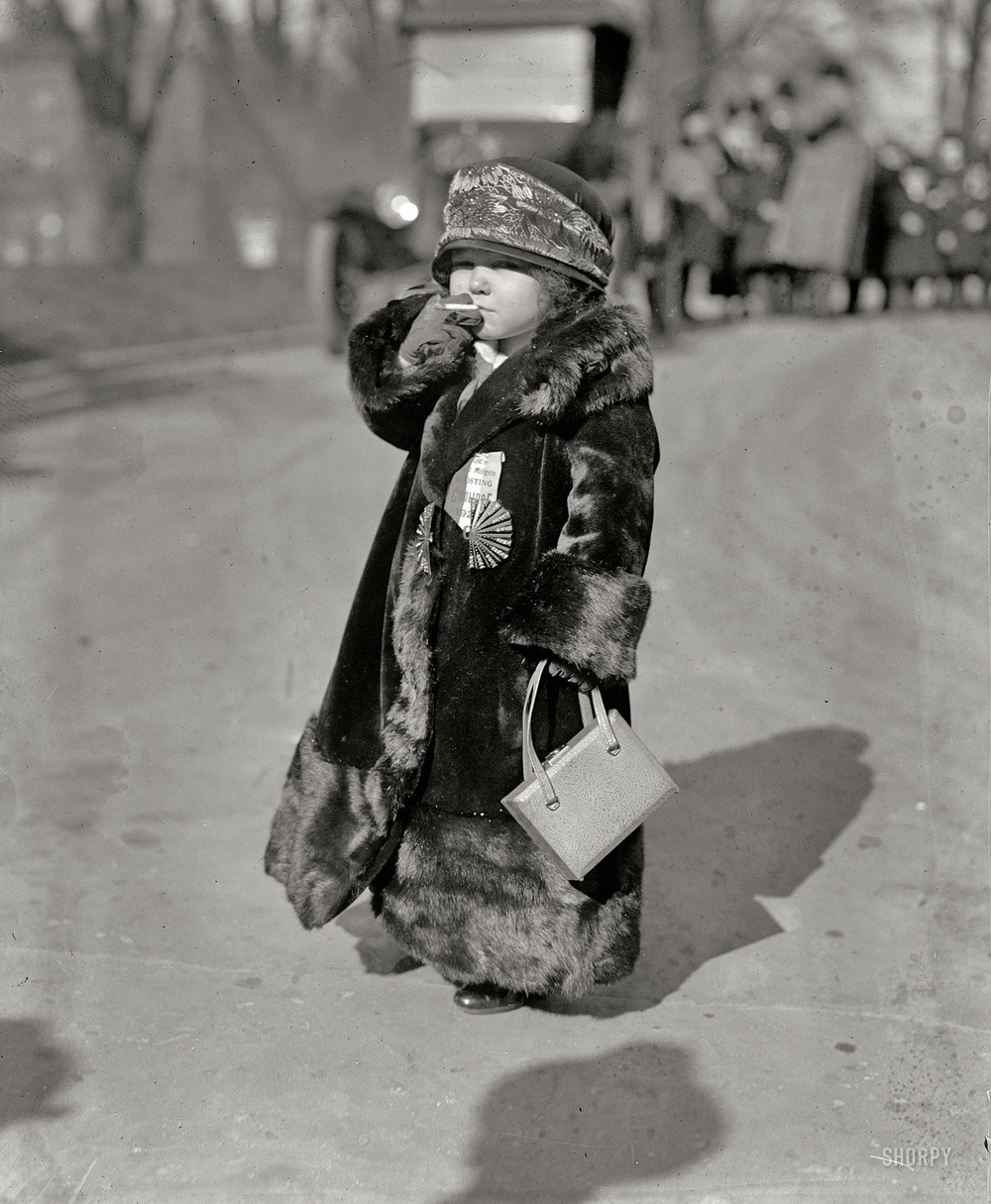 A little person campaigns for Calvin Coolidge, 1924. (h/t  Shorpy )