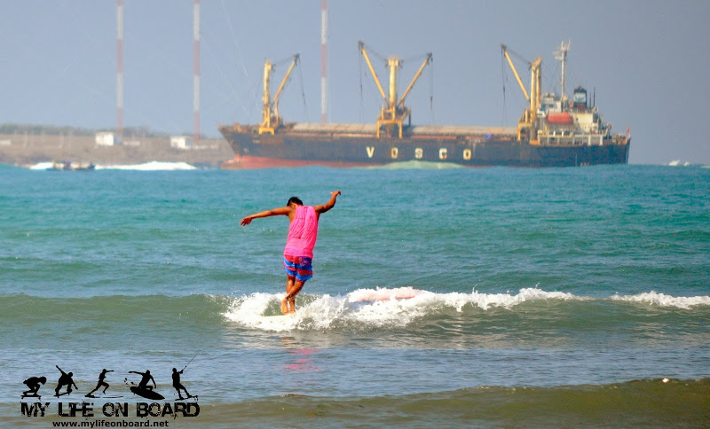 "Arip ""Mencos"" Nurhidayat from Indonesia. Surfing without leash is like a walk in the park for this professional surfer."