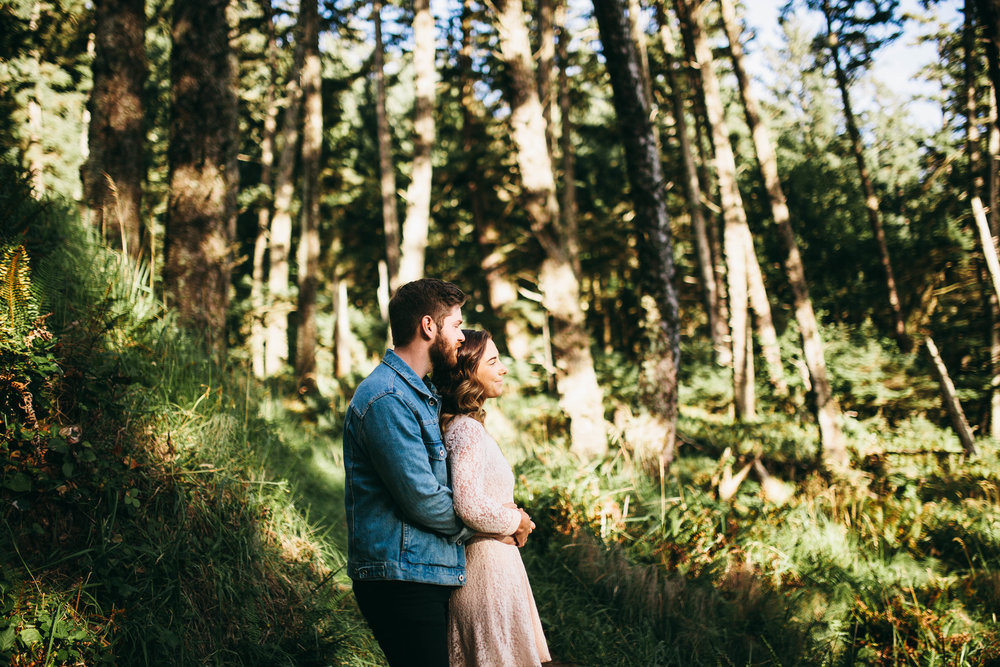 Matt & Beth -- Proposal on the Oregon Coast -- Whitney Justesen Photography-6.jpg