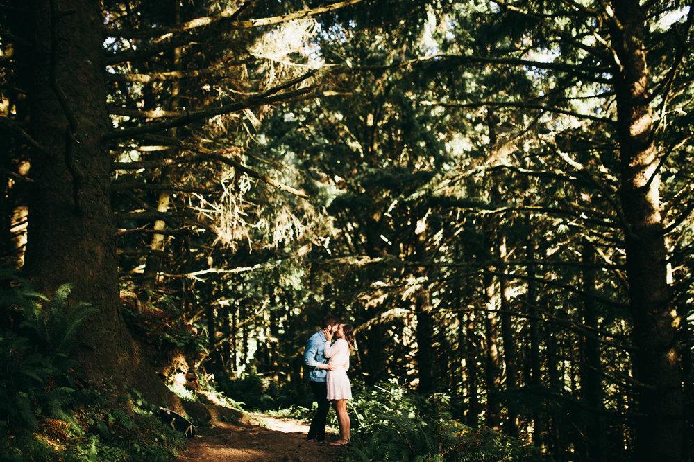 Matt & Beth -- Proposal on the Oregon Coast -- Whitney Justesen Photography-22.jpg