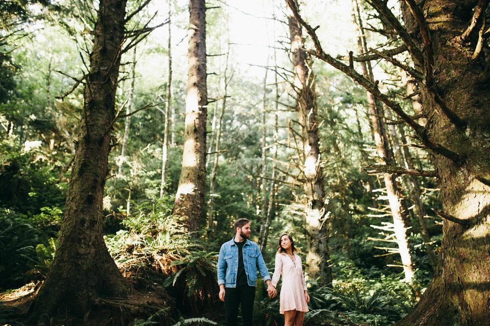 Matt & Beth -- Proposal on the Oregon Coast -- Whitney Justesen Photography-27.jpg