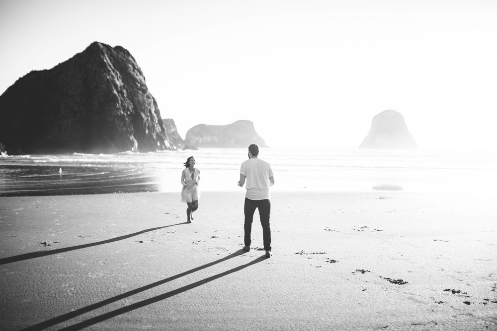 Matt & Beth -- Proposal on the Oregon Coast -- Whitney Justesen Photography-121.jpg