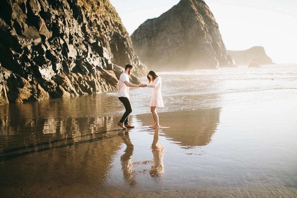 Matt & Beth -- Proposal on the Oregon Coast -- Whitney Justesen Photography-124.jpg
