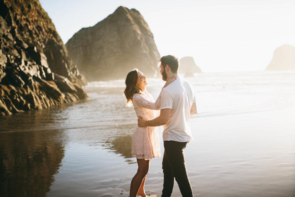 Matt & Beth -- Proposal on the Oregon Coast -- Whitney Justesen Photography-125.jpg