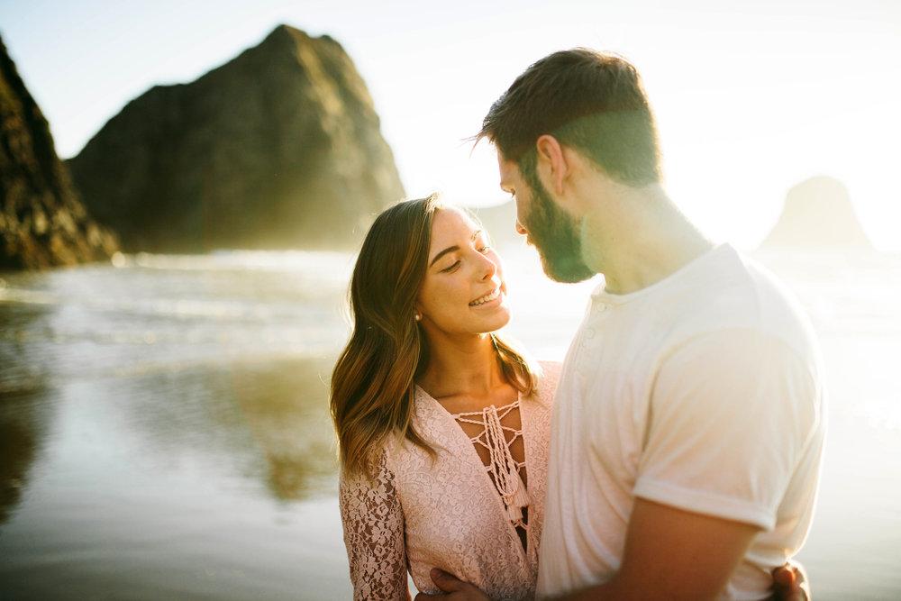 Matt & Beth -- Proposal on the Oregon Coast -- Whitney Justesen Photography-129.jpg