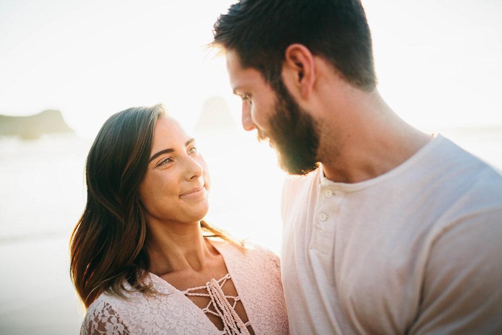 Matt & Beth -- Proposal on the Oregon Coast -- Whitney Justesen Photography-130.jpg