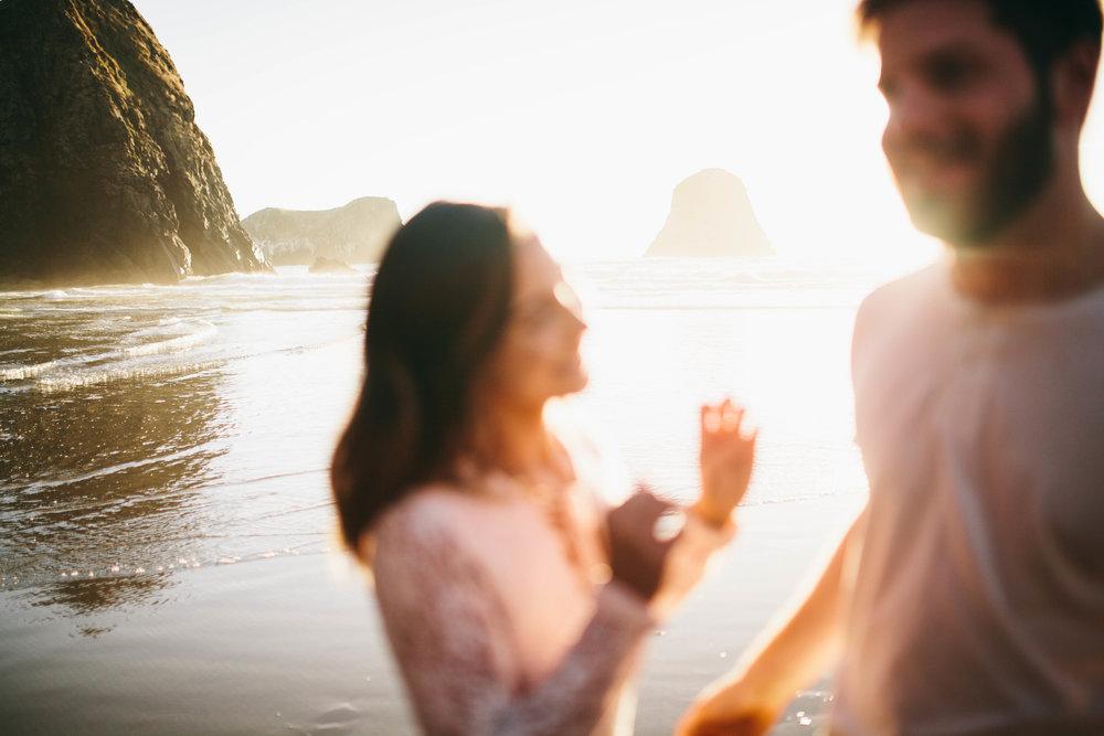 Matt & Beth -- Proposal on the Oregon Coast -- Whitney Justesen Photography-132.jpg