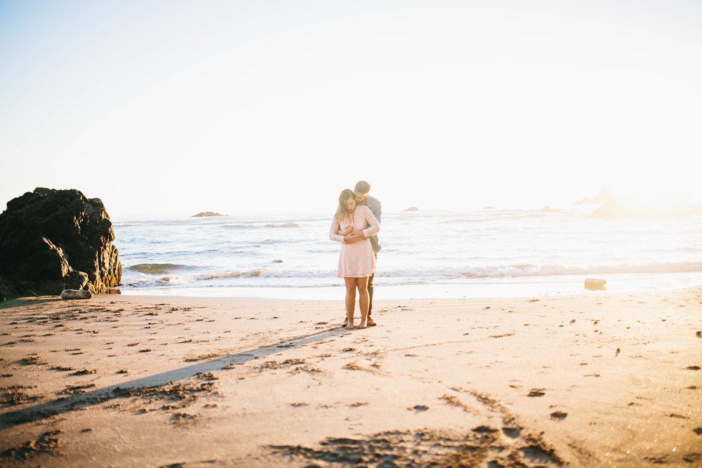 Matt & Beth -- Proposal on the Oregon Coast -- Whitney Justesen Photography-158.jpg