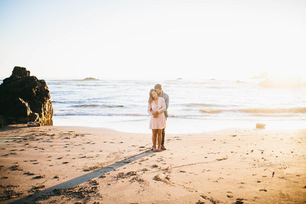 Matt & Beth -- Proposal on the Oregon Coast -- Whitney Justesen Photography-157.jpg