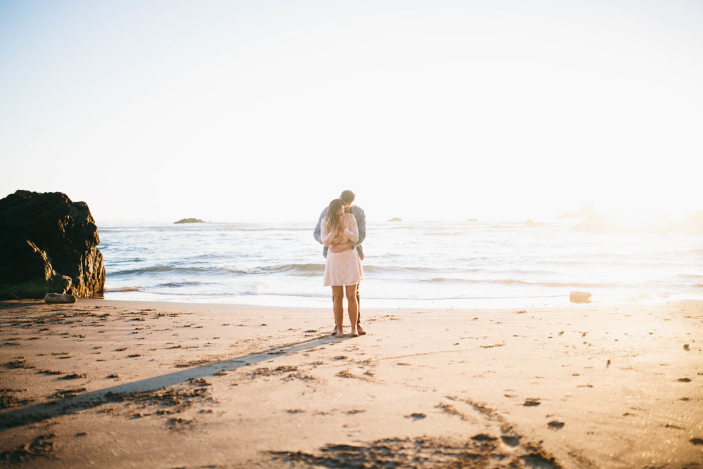 Matt & Beth -- Proposal on the Oregon Coast -- Whitney Justesen Photography-159.jpg