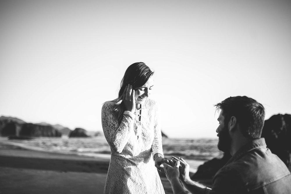 Matt & Beth -- Proposal on the Oregon Coast -- Whitney Justesen Photography-162.jpg