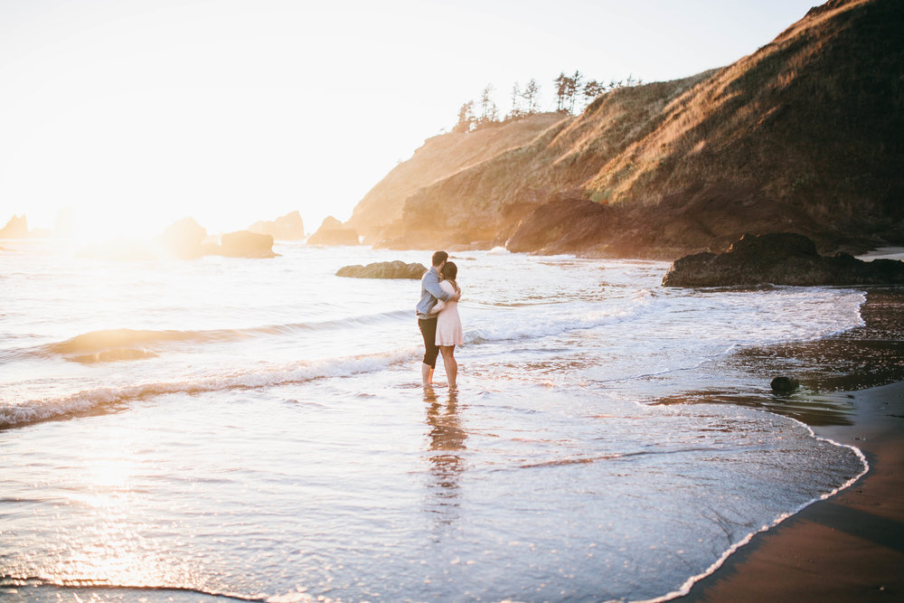 Matt & Beth -- Proposal on the Oregon Coast -- Whitney Justesen Photography-174.jpg