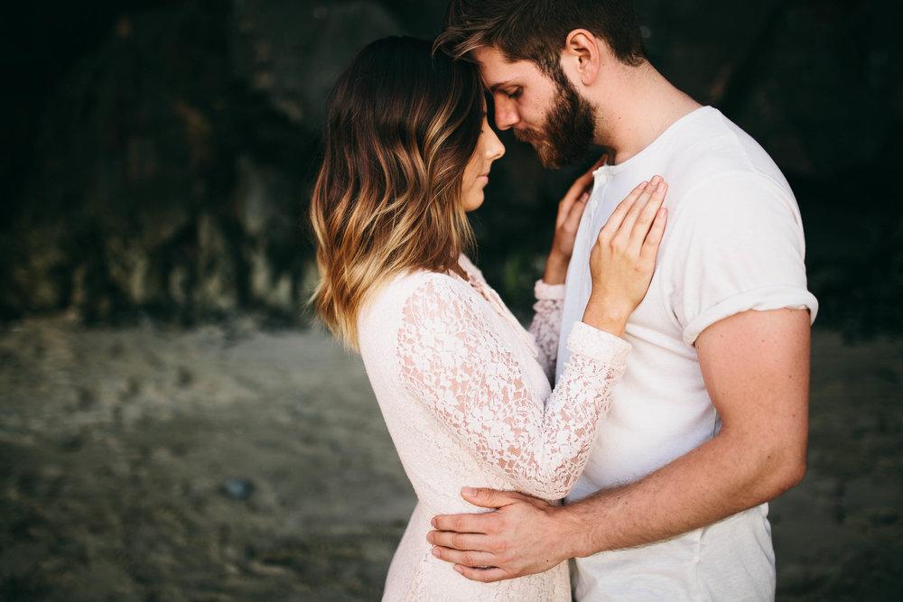 Matt & Beth -- Proposal on the Oregon Coast -- Whitney Justesen Photography-110.jpg