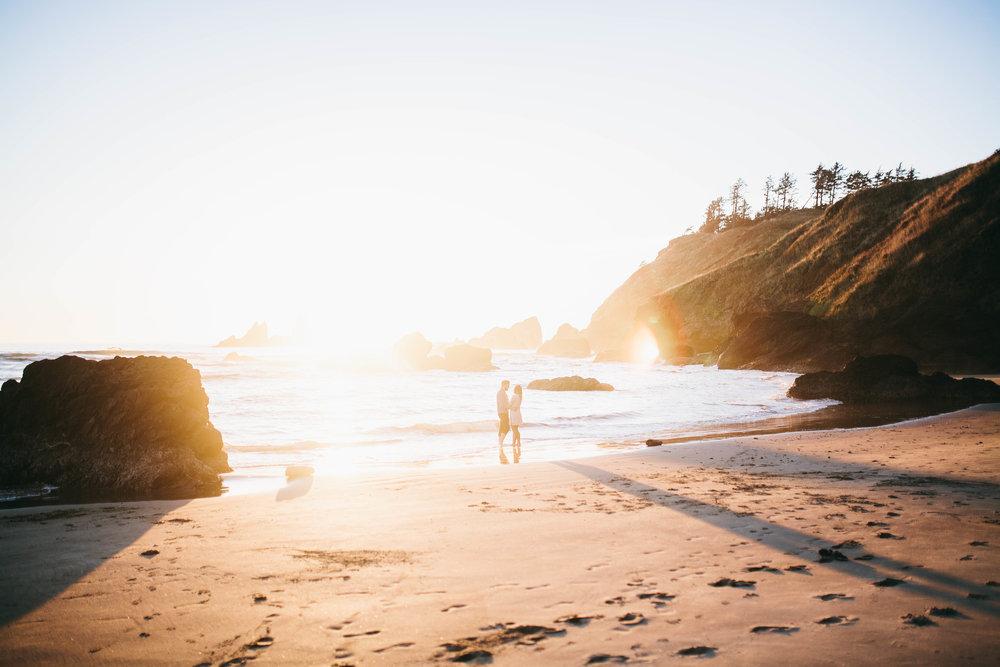 Matt & Beth -- Proposal on the Oregon Coast -- Whitney Justesen Photography-175.jpg