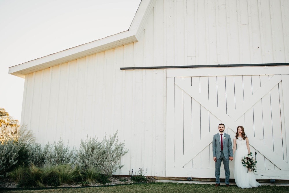 Kendra + Nick -- A White Barn Wedding -- Whitney Justesen Photography-704-704.jpg