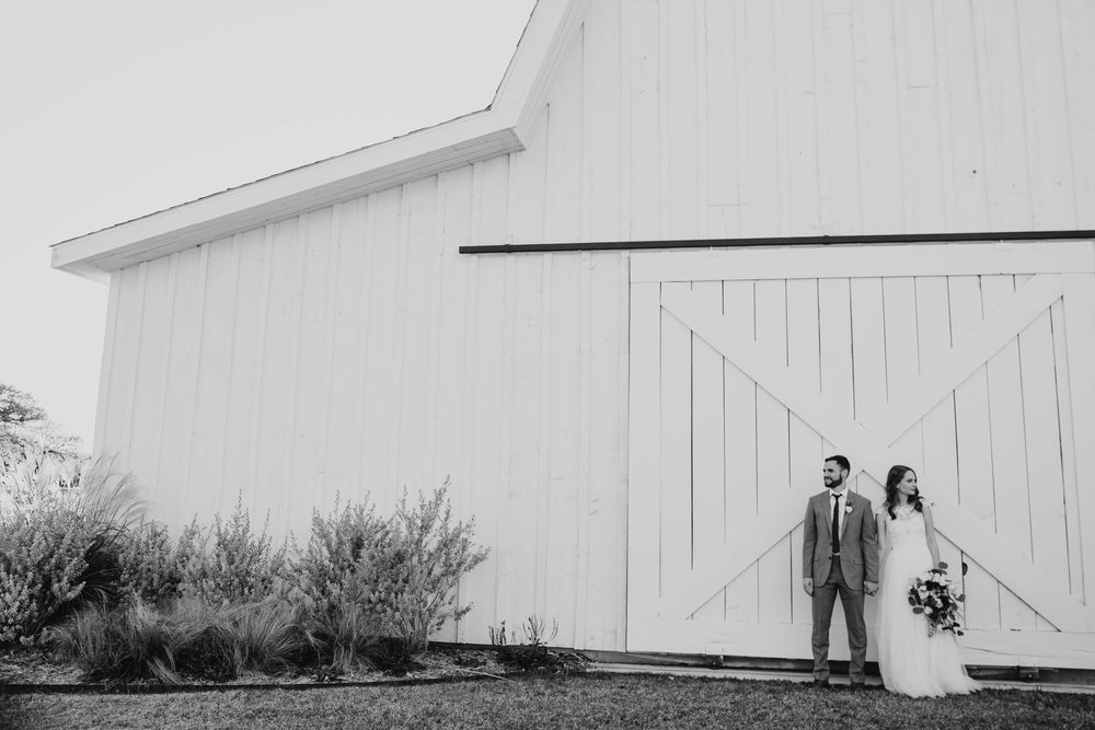 Kendra + Nick -- A White Barn Wedding -- Whitney Justesen Photography-706.jpg