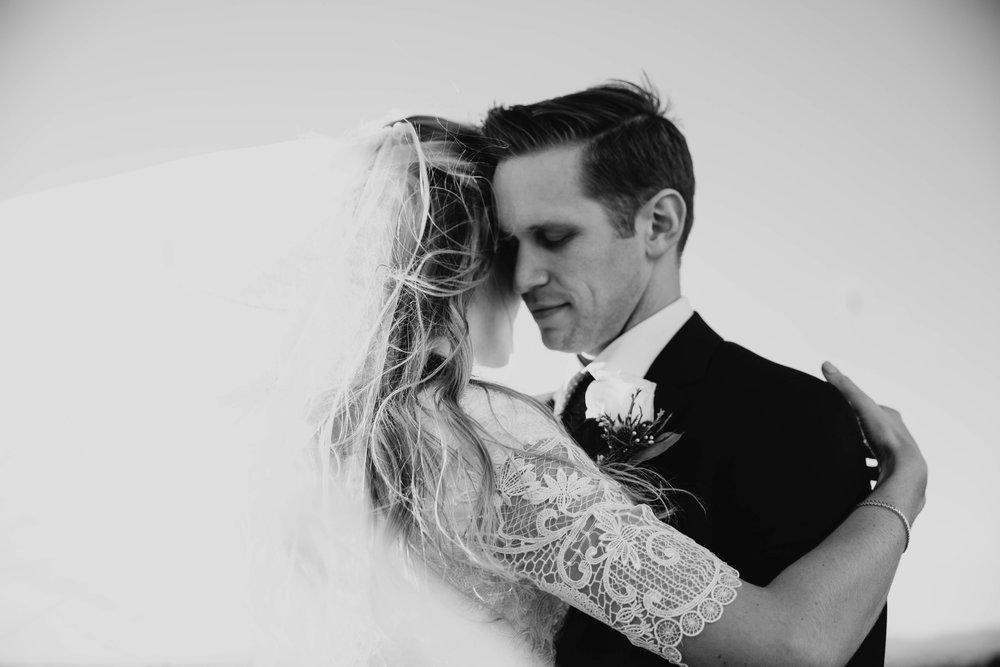 Clayton + Alicia -- Oakland Wedding -- Whitney Justesen Photography-204.jpg