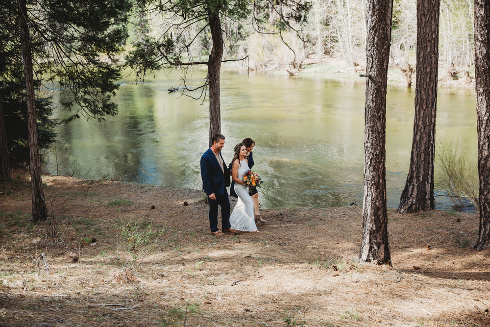 Amanda + Derek -- Intimate Yosemite Wedding -- Whitney Justesen Photography-30.jpg