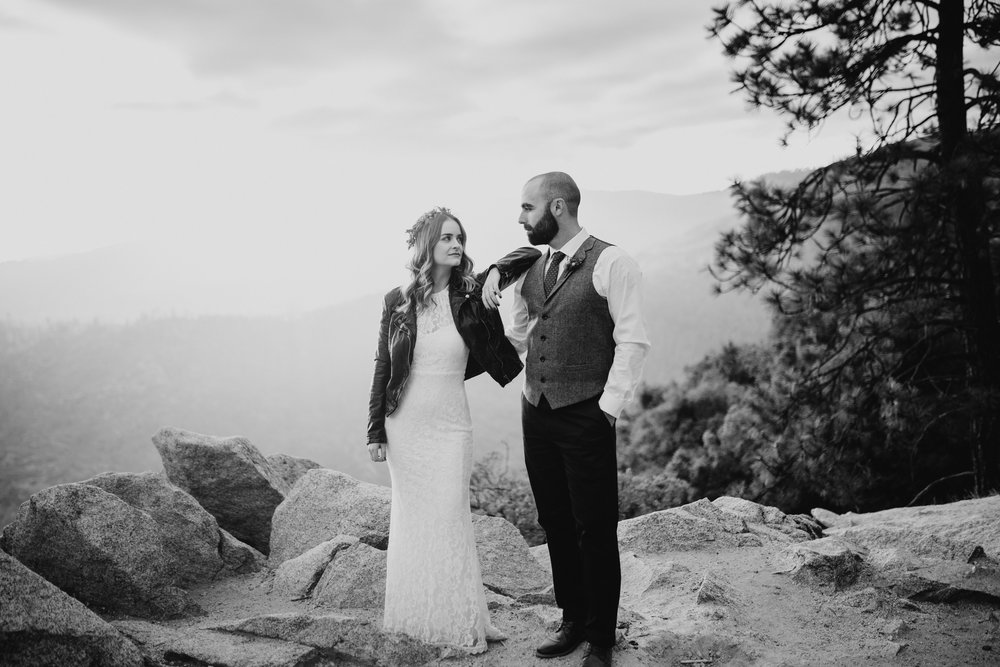 Amanda + Derek -- Intimate Yosemite Wedding -- Whitney Justesen Photography-403.jpg