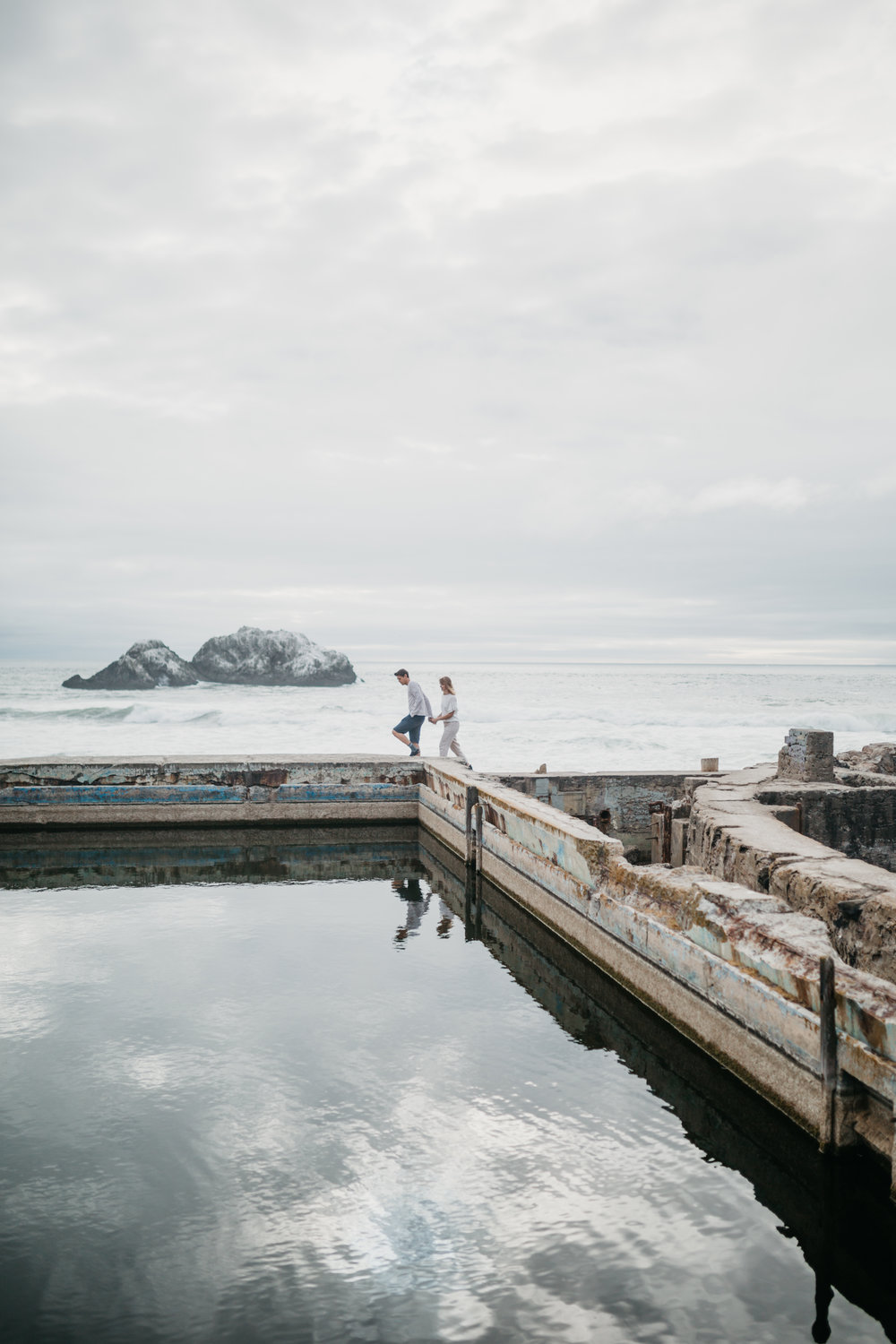 Annie + Jordan -- Sutro Baths Love Session -- Whitney Justesen Photography-4.jpg