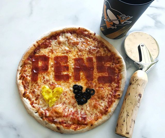 Playoff hockey deserves playoff specials! Call us today for our special! Let's Go Pens!! 🖤💛 #Thejunctionpizza #mtpleasantpa #bestpizzaintown #🍕 #playoffhockey #letsgopens #3elive #3peat #pittsburghpenguins #penguinspizza #💛🖤