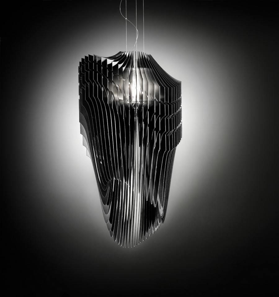 Avia-Aria-Lamp-for-Slamp-by-Zaha-Hadid-3.jpg