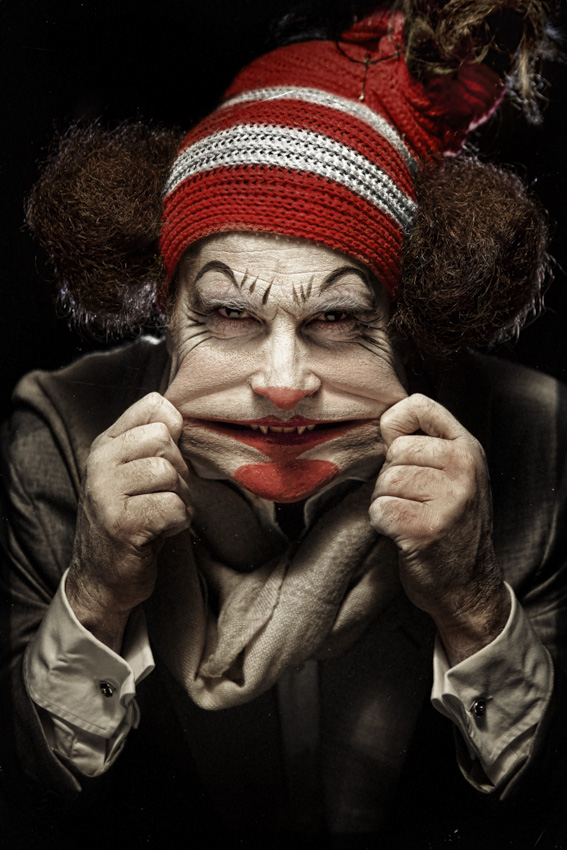 Portfolio_Clownville_plasticface.jpg