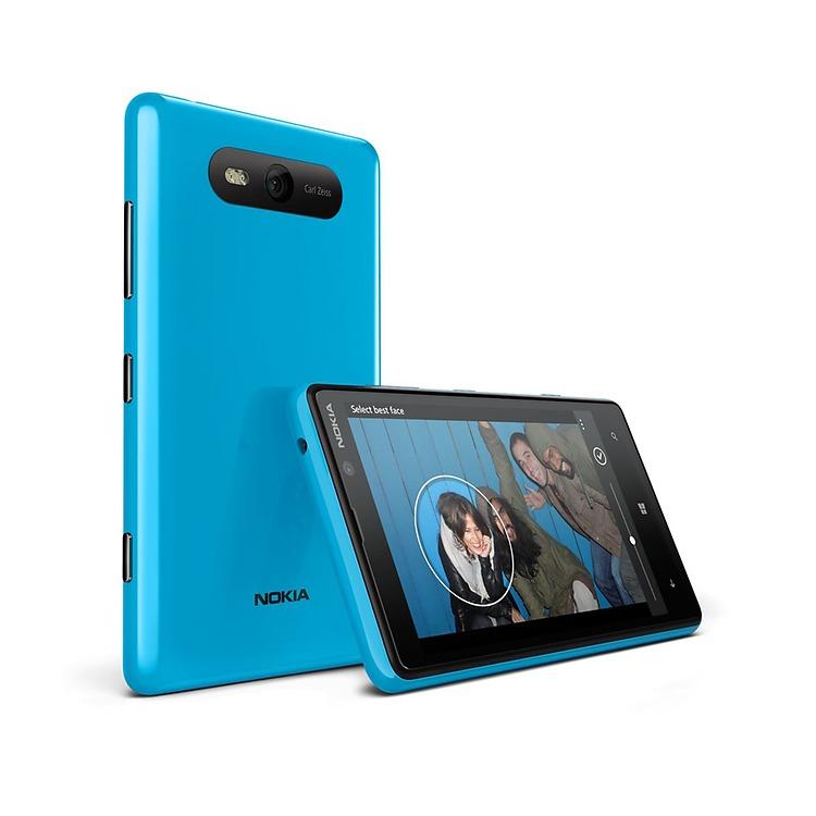 Nokia-Lumia-820-blue.jpg